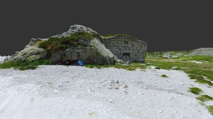 Rilievo 3D di un vecchio rifugio 3D Model