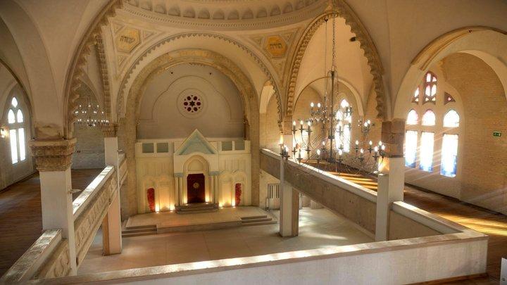 Synagóga v Lučenci   Synagogue Lučenec Slovakia 3D Model
