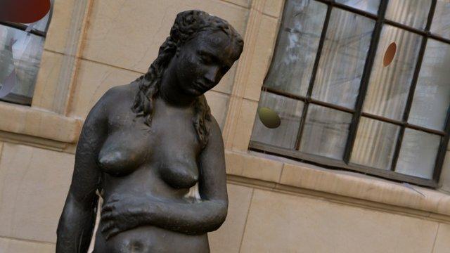 Woman_Sculptures_001 3D Model