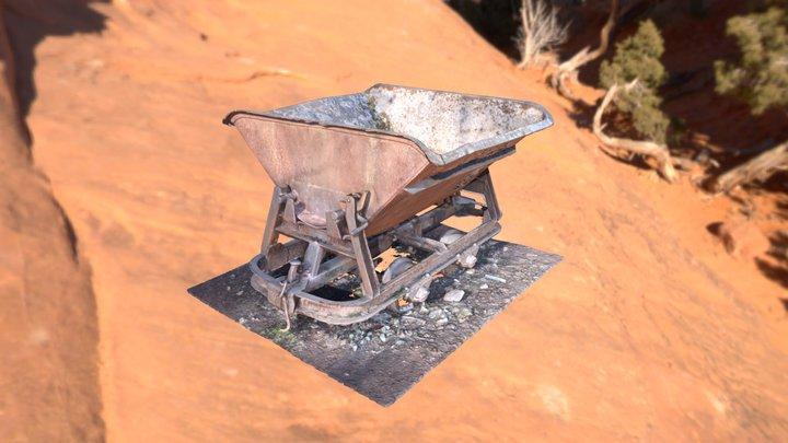 rusty minecart (free) 3D Model