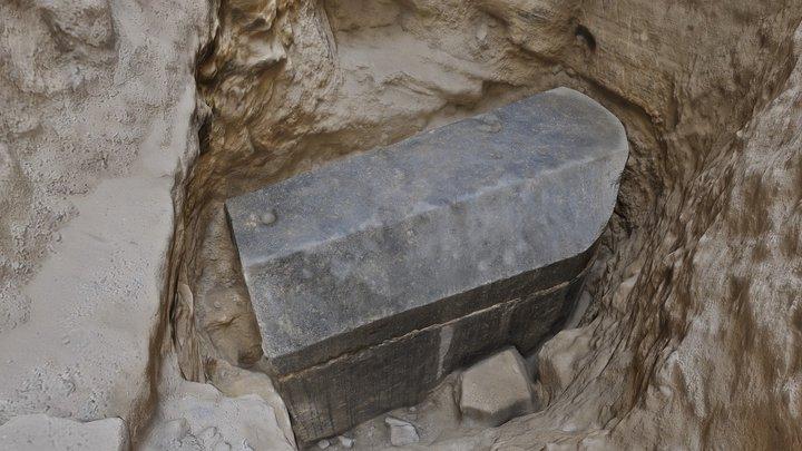 Black granite sarcophagus 3D Model
