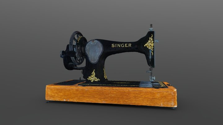 100-hundread year old sewing machine 3D Model
